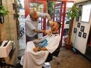 Notre première expérience chez le coiffeur
