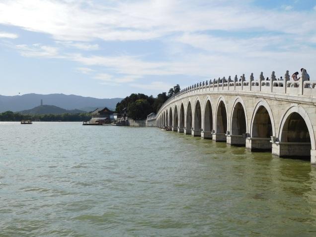 Pont menant à l'Ile