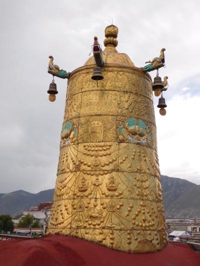 Cloche sur les toits du Jokhang