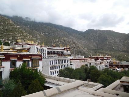 Vue d'ensemble du monastère