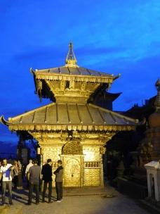 Temple autour du stupa