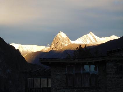 Lever de soleil sur le Tilicho Peak