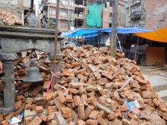 Décombres suite au tremblement de terre de 2015