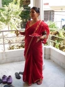 Radha dans sa tenue de fête