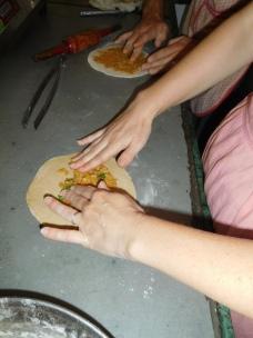 Etalage de la mixture sur la pate