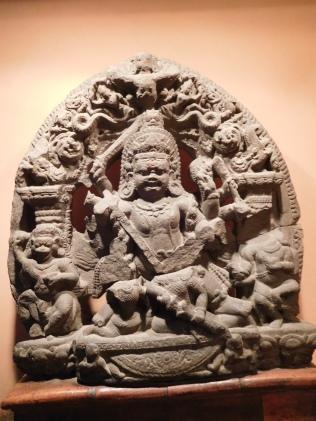 Shiva, sous la forme de Bhairava, le destructeur