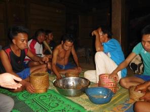 Partage du repas avec nos hôtes