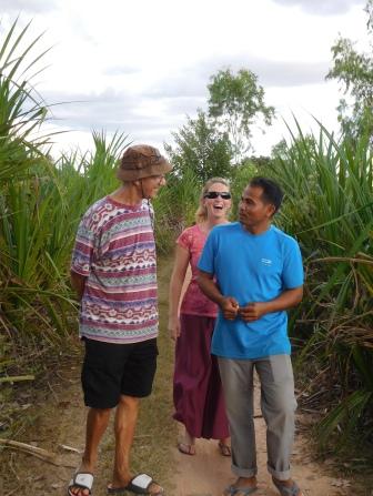 Yoram, Charlotte et le directeur