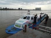 Transport version Mékong river
