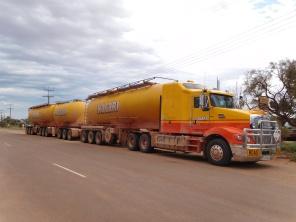 Les camions de l'outback