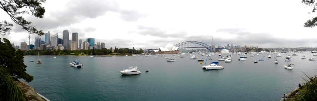 Vue de l'opéra et du pont
