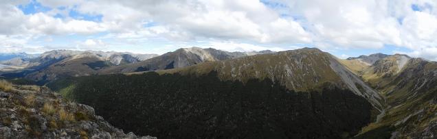 Vue panoramique sur l'autre versant