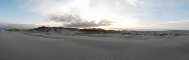 Et coucher de soleil sur les dunes