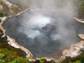 Source d'eau à 95°C