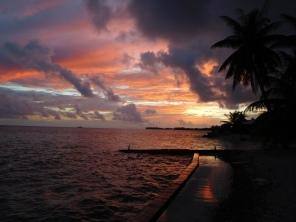 Vue de notre faré au coucher du soleil