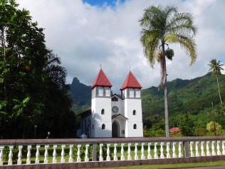 Les églises autour de l'île