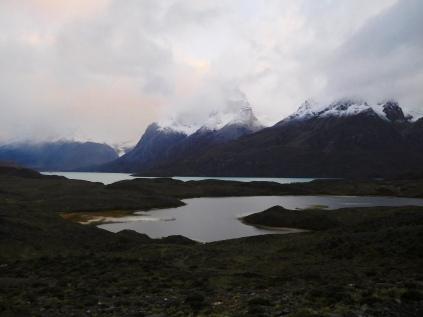 Lever du jour sur le massif des Torres del Paine