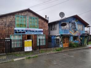 Maisons typiques dans la ville de Quemchi