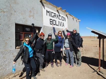Passage de la frontière avec notre groupe