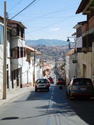 Rue typique en pente